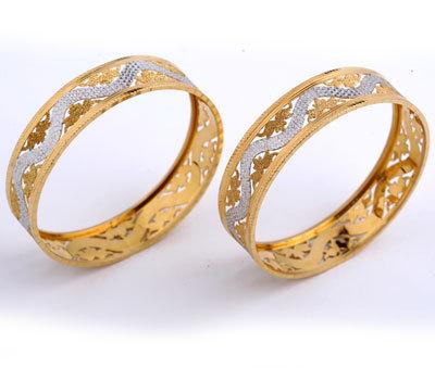 Designer Studded Gold Bangles In Nageswaran Road T Nagar