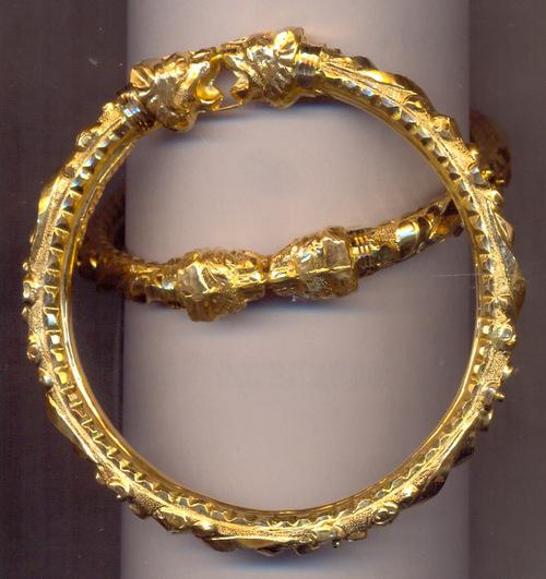 Gold bangle bracelet designs