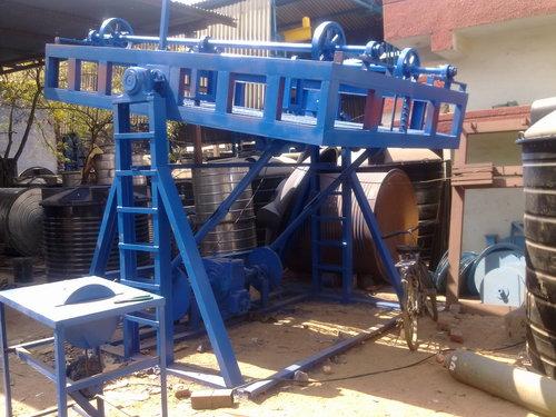 Rock N Roll Type Rotomoulding Machine in  Vatva Phase-Iv