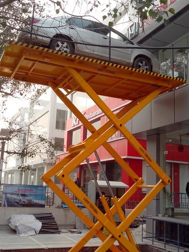 vehicle  Scissor Lift