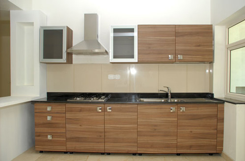 Modular kitchen cabinets in manjalpur vdr vadodara for Best material for kitchen cabinets in india
