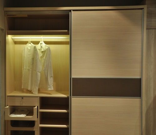 Modern Sliding Wardrobe in  Bhatar