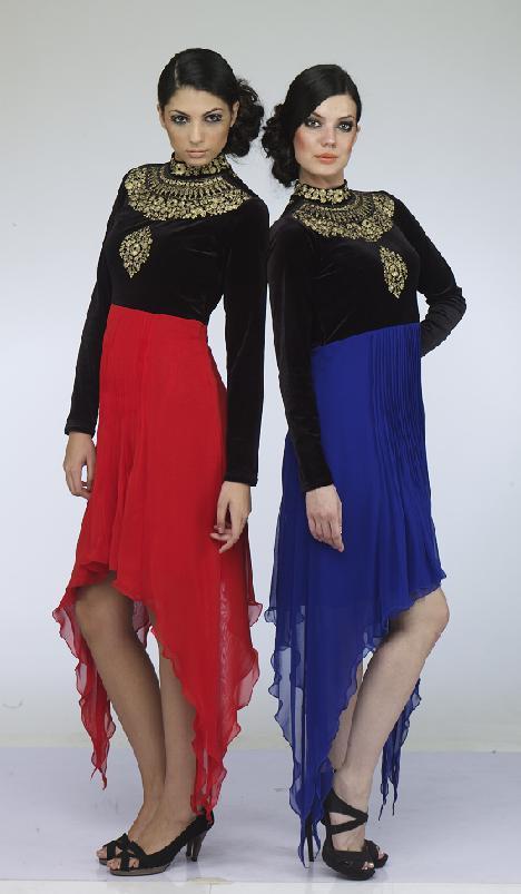 Women Long Dress in  Jogeshwari (E)