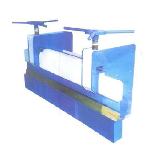 Manual Press Brake in  Amraiwadi