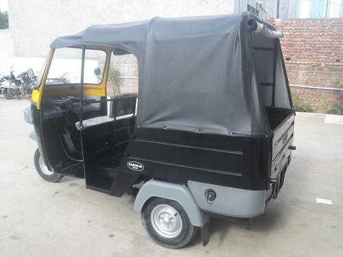 Three Seater Passenger Auto Rickshaw