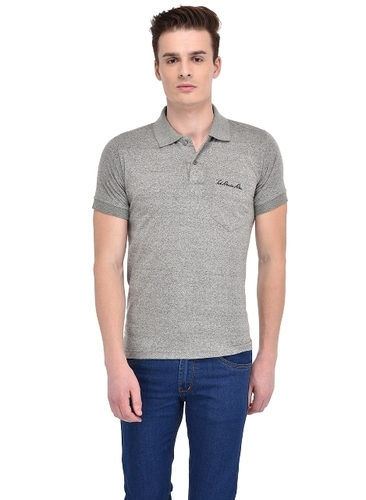Designer Mens T Shirts in  Bindra Colony