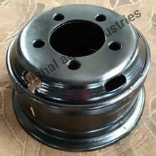 Heavy Duty Steel Truck Wheel Rim in   Dist. Baghpat