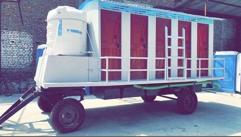 10 Seater Mobile Toilet in  Indirapuram