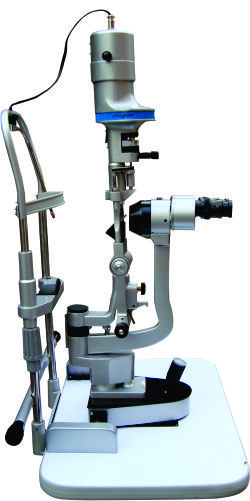 Slit Lamp in   Cross Road 2