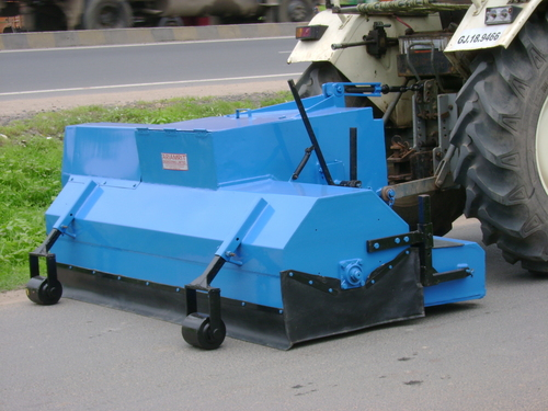 road sweeping machine price
