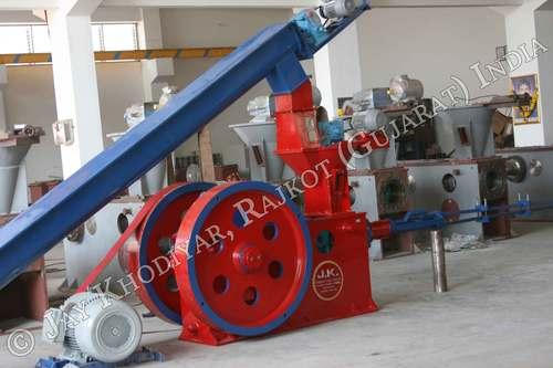 Napier Grass Briquetting Machine Project