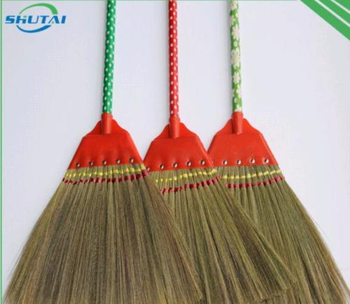 Indian Grass Broom With Short Wood Stick