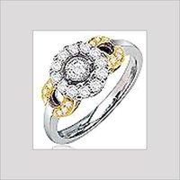 DESIGNER DIAMOND LADIES RING