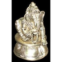 Baby Ganesh Kneeling On RD Base