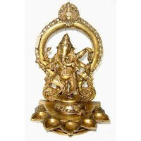 Ganesh Dancing Oval Base With Deeva And Ring
