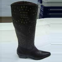 Ladies Black Color Leather Boot