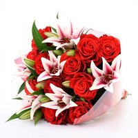 12 Red Roses And 6 Pink Lilies Flower Bouquet
