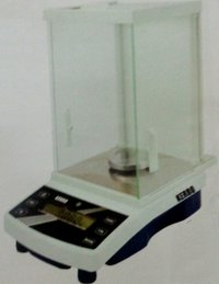 Analytical Scale (Series : P-7)