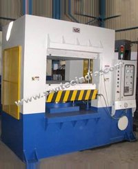 Solid Tyre Moulding Machine