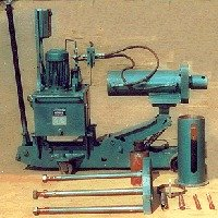 Hydraulic Trolley Mounted Bearing Puller