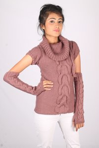 Royal Grace Party Wear Hand Knitted Ladies Top