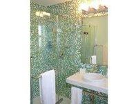 Glass Mosaic Tiles For Washroom