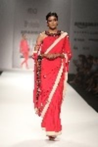 Embroidered Saree With Kali Blouse Top