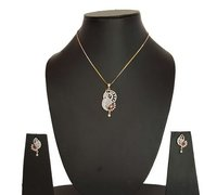 Necklace With Large Pendant Set