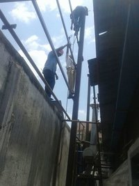 roofing manpower and contractor services
