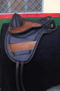 Horse Treeless Saddle