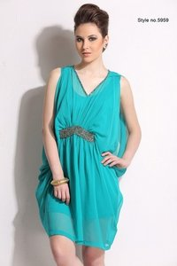 Ladies Fancy Sleeveless Partywear Dress