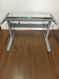 Dual motor three stages height adjustable desk