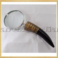 Buffalo Horn Magnifying Glass