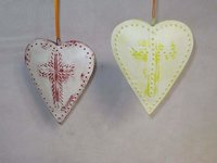 Heart Shape Christmas Wall Hanger