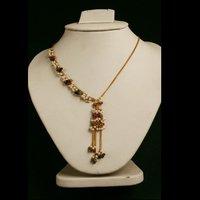 Lightweight Artificial Necklace