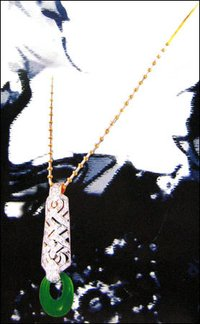 Aesthetic Diamond Necklace