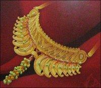 Calcutta Plain Gold Necklace