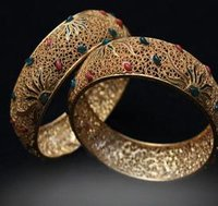 Fashionable Gold Bangles