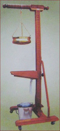 Shirodhara Stand Wooden With Head Support