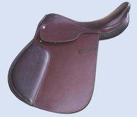 Close Contact Saddles