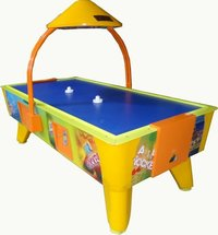 COIN OPERATED AIR HOCKEY