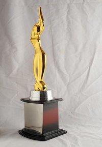 FF Lady Award