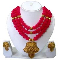 Pink Beads Gold Necklace Set