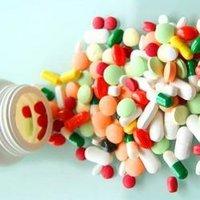 Aceclofenac 100mg , Paracetamol 500mg And Serratiopeptidase 15mg