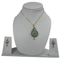 Turquoise Pendant Set
