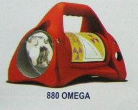 Omega Source Projector (880 Series)
