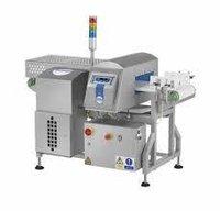LOMA IQ3 Metal Detector Conveyor