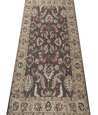 Elegant Hand Tufted Carpet in Bhadohi