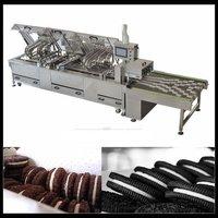 High Speed Biscuit Sandwiching Machine