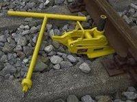Mechanical Track Jack<